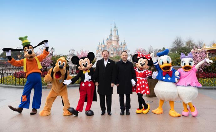 牽手上海迪士尼,萬科上海區域用服務點亮美好生活