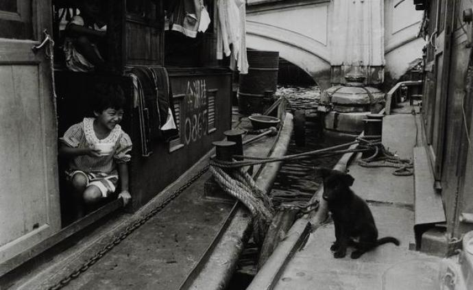 """镜头下上海的90年代:曾经的记忆,""""辰光像停牢了一样"""""""