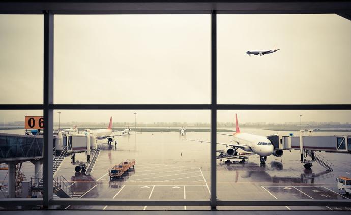 多家航空公司为武汉机场发烧、发热旅客免费办理机票退改签