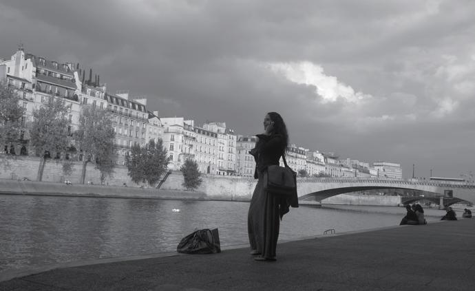 """巴黎记:""""看得见""""的房间,""""看得见""""的《红楼梦》"""