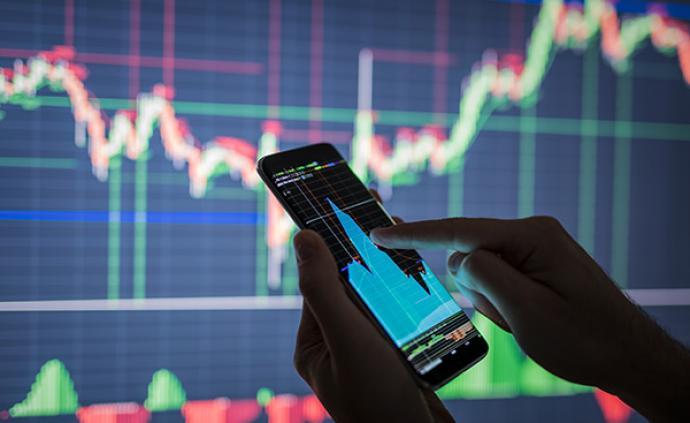 A股市場震蕩收紅:滬指漲0.33%,兩市成交9296億元