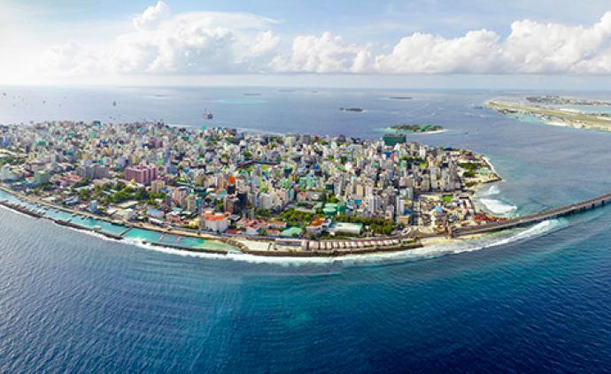 两名中国游客在马尔代夫遭刺伤,中使馆敦促尽快缉凶