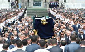 乌兹别克斯坦为卡里莫夫举行国葬,称其是乌人民的伟大儿子