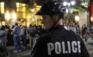 因警察射杀黑人连续三晚引发骚乱,美国夏洛特市将实施宵禁