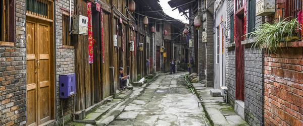 """云南丽江要建""""法国地中海小镇""""?官方:项目未脱离当地文化"""