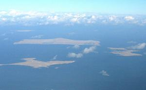"""日拟""""分两段""""解决与俄领土争议:经济做先锋,想先收回两岛"""