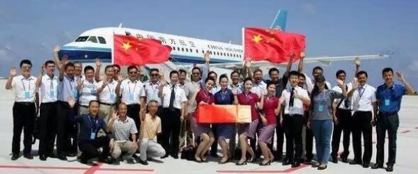 中国民航客机今天上午在南沙美济礁、渚碧礁新建机场试飞成功