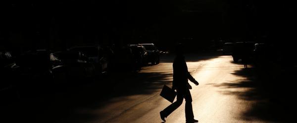 安徽淮南溺亡副区长遗体已火化,生前因家庭债务问题情绪低落
