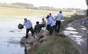 北京水源地制止钓鱼游泳执法难:有人抢仪器有人掌掴巡河人员