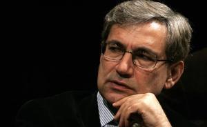 帕慕克:我经历了七次土耳其军事政变,政变解决不了问题