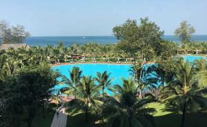 暖闻|韩国男孩越南酒店泳池溺水,被浙江一旅行社总经理救起