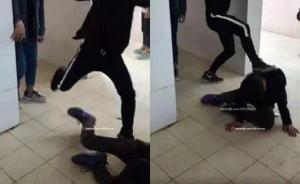 福建武平一中学生因丢手机纠纷校厕内遭围殴,副校长停职检查