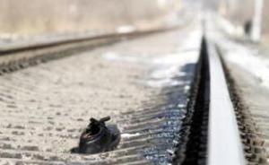 女孩被火车撞无人认尸,医院向北京铁路局索7年停尸费30万