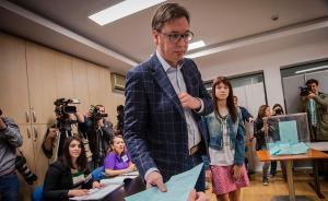 塞尔维亚总统选举,民调显示武契奇有望直接在首轮胜出