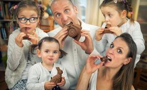 趣看 会聊天!爱家庭的摄影师用照片回答9连问