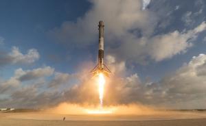 SpaceX首次涉足军事,为美国防部发射机密侦察卫星