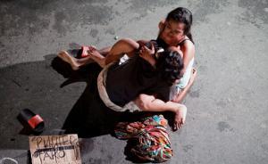 菲律宾强力禁毒:滥杀致毒贩横尸街头,超十万人自首
