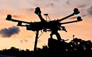 """业内人谈如何震慑无人机""""黑飞"""":要害地区可定向干扰或摧毁"""