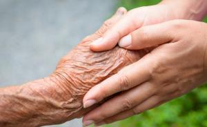 上海已有近4万老人申请老年照护评估,超七千人入住养老机构
