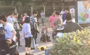 杭州单身女子带女求职遭拒街头虐女,警方呼吁帮母女渡难关
