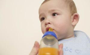 美国儿科学会禁止宝宝一岁前喝果汁,营养师:应吃新鲜水果