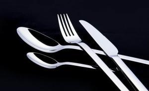 不敢用不锈钢餐具怕锰中毒,锰究竟会不会影响记忆