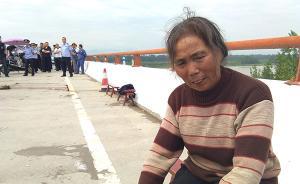 陕西城固:因砂石车未盖篷布,环卫工上前拦截时被碾轧身亡