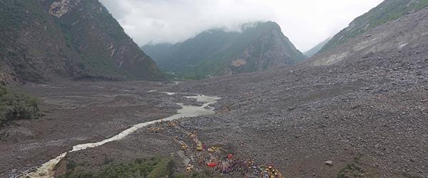 5.12地震后,四川所有山体都有松动且稳定性降低