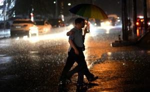 湖南、江西等地有大到暴雨,局地伴有雷暴大风等强对流天气