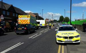 英国纽卡斯尔一车辆冲向人群致6伤,警方称未发现与恐袭有关