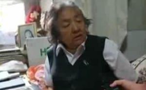 """75岁汉族老人潘玉莲在新疆喀什的25年""""爱心课堂"""""""
