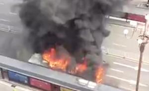 南昌公交车大火:司机称乘客纵火后身亡
