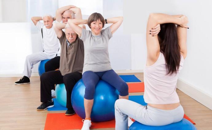 中老年人居家運動該注意什么?這些原則了解一下