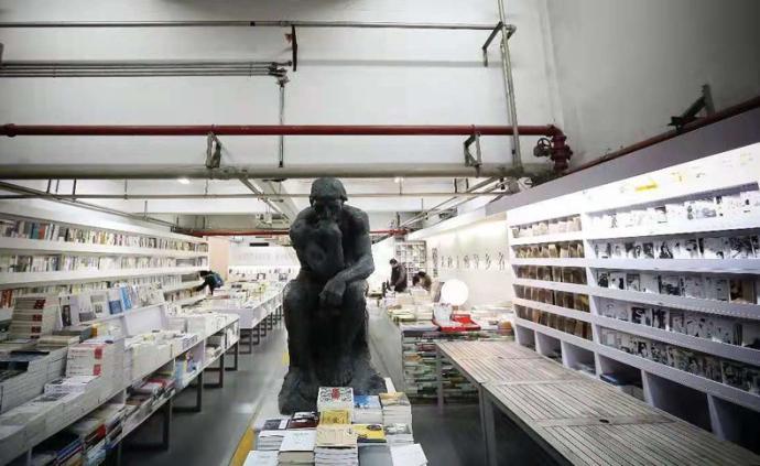 疫情下的實體書店:抖音直播自救,線上社群帶貨