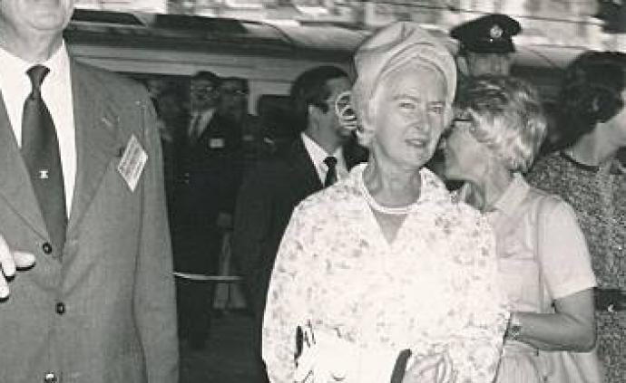 前港督麥理浩夫人鄧麗娉逝世,林鄭月娥表示哀悼