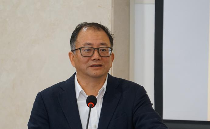 云南城投原董事長許雷被提起公訴:曾違規坐頭等艙222次