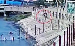 安徽退休民警跳下2米高江堤摔断腿爬去救落江老人:职业习惯