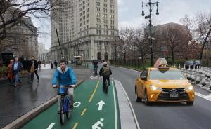 在纽约布鲁克林桥,如何挤出一条自行车道