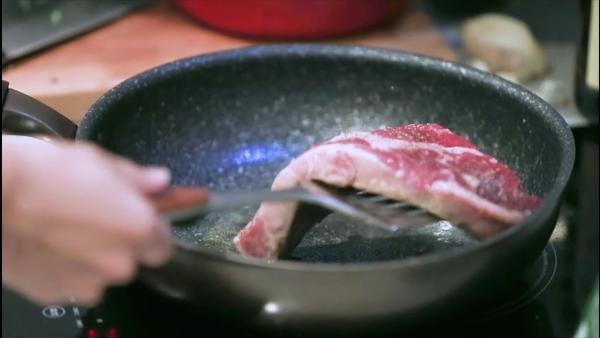 城事丨从美国牧场到中国餐桌:一块美国牛肉的中美贸易之旅2