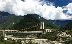 西藏林芝的高原交通网:498个建制村通达率已达100%
