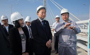 日本前首相鸠山由纪夫参观港珠澳大桥